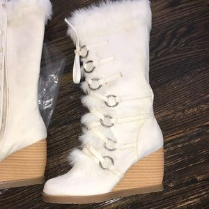 Shoes - Never worn white fur boots